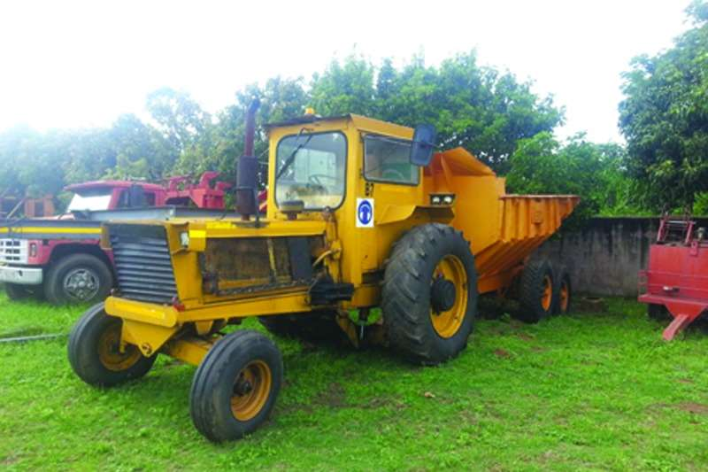 Bell 1206 4x2 Tractors - towing