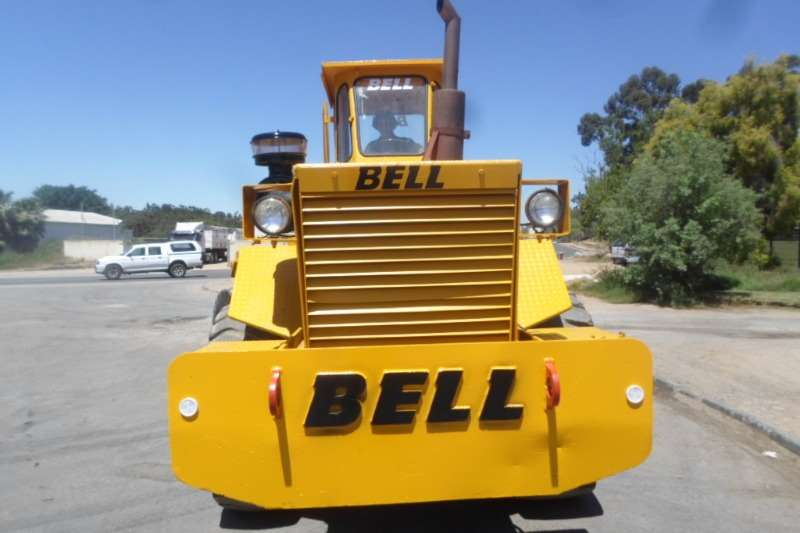Bell BELL 2056 L4 Tractors - towing