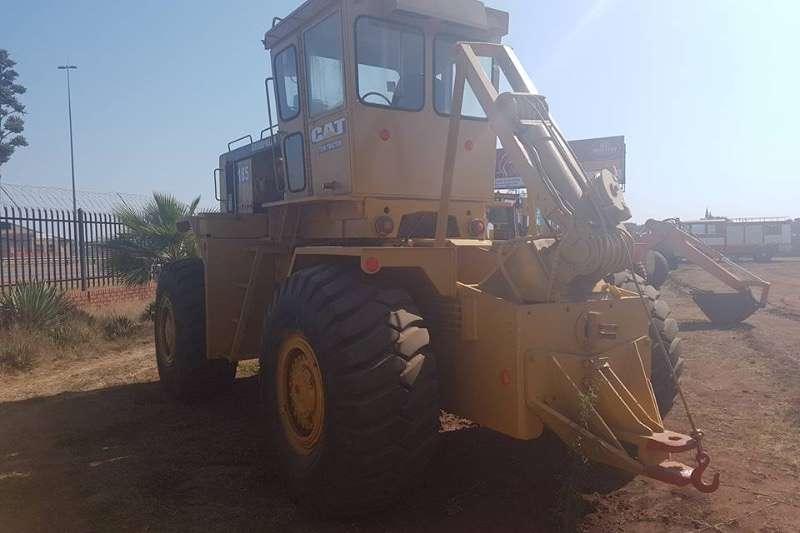 Caterpillar Cat 185T tow tractor Tractors - towing