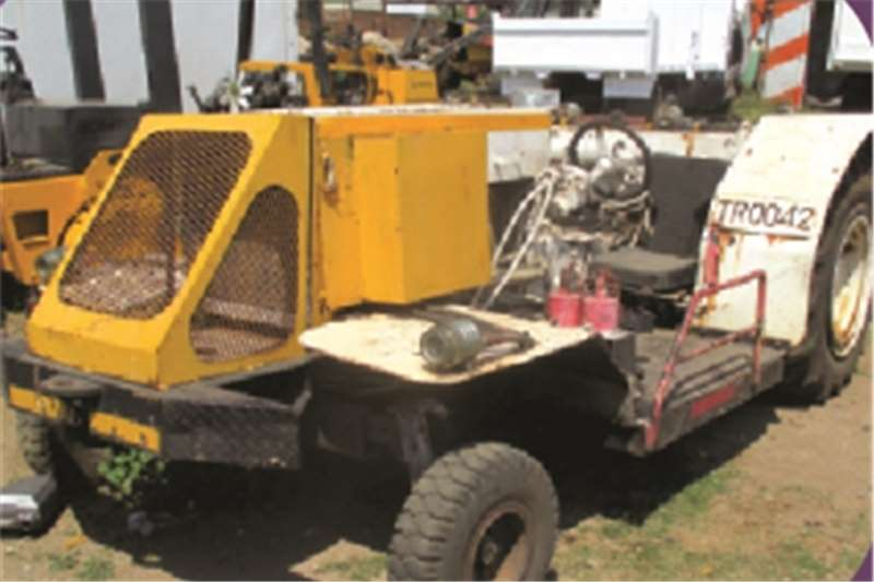 Other HPL TRACTOR Tractors - towing