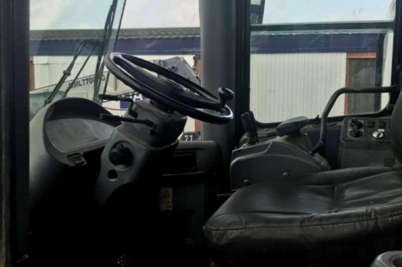 Komatsu Komatsu WA380 5 Wheel Loader Wheel loader
