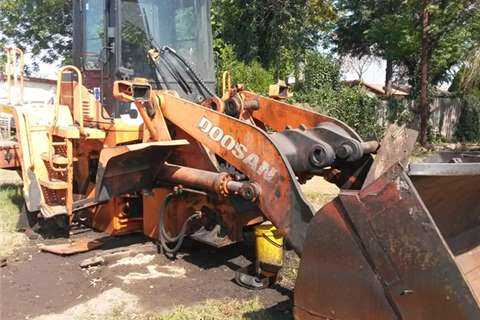DOOSAN MEGA 300-V FRONT END LOADER/SPARES/PARTS MEGA 300-V