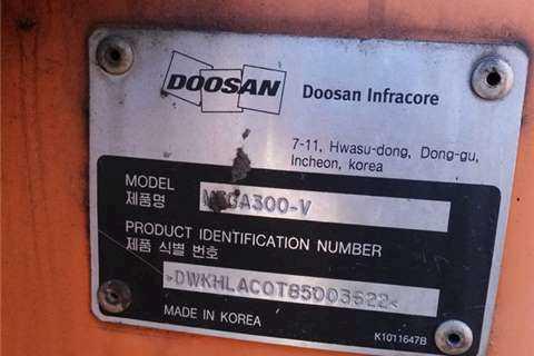 DOOSAN MEGA 400-V SPARES/PARTS MEGA 400-V