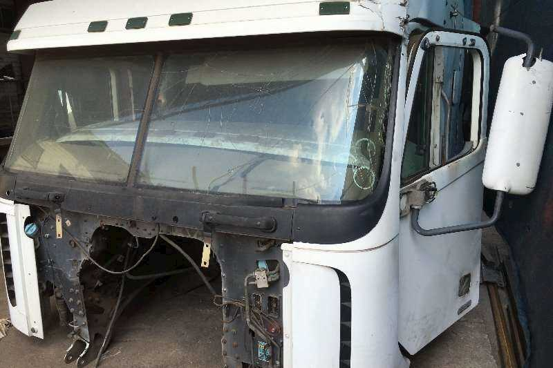 Freightliner Argosy Cab