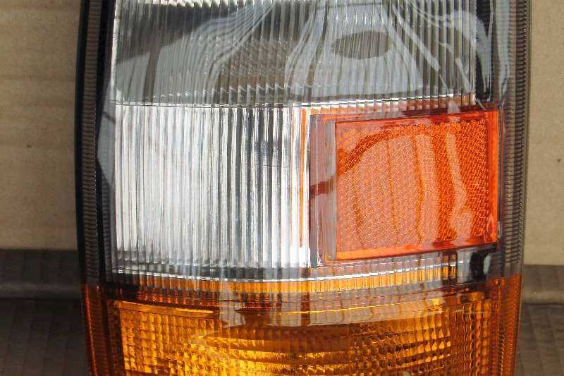 ISUZU ISUZU NPR Indicator, Park Lamp:Wide selection of Replacement parts available