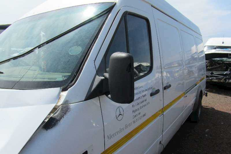 MERCEDES SPRINTER Stripping For Parts:Body Panels,Engine,Gearbox,Step,Seats, Step Etc