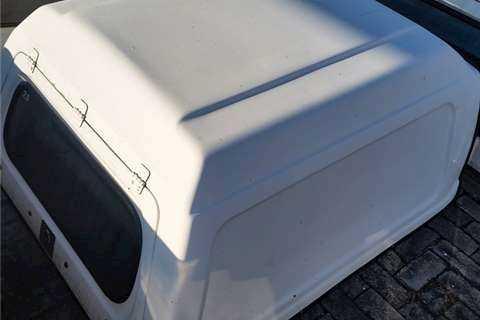 Nissan 1400 Canopy