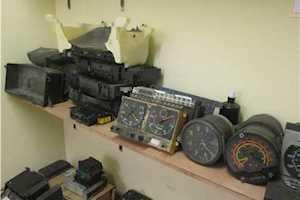 Speedo Cluster And SpeedometersVarious Makes Of Trucks