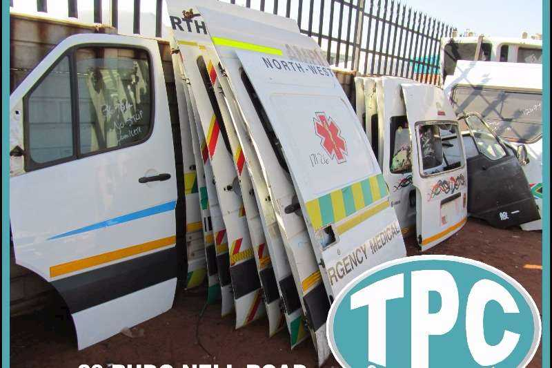 Taxi Replacement Body Parts : Doors, Panels, Bonnets, Fenders, Bumpers And More