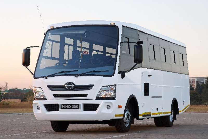 Buses Hino 32 seater HINO 35-Seater Commuter Bus 2017