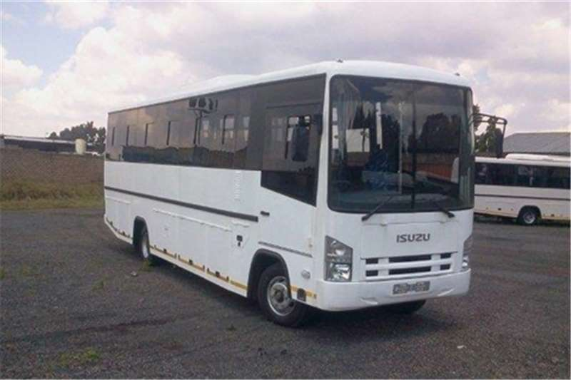 Isuzu 28 seater NPR 400 LWB Buses