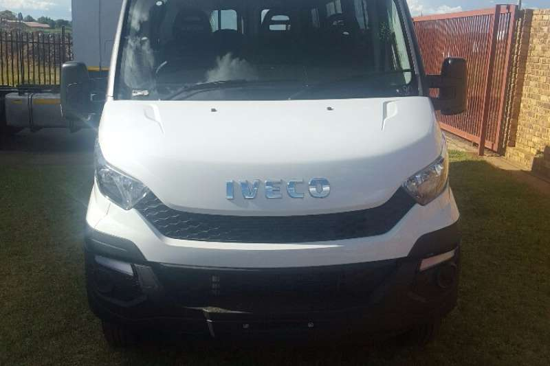Buses Iveco 26 Seater Daily 2017