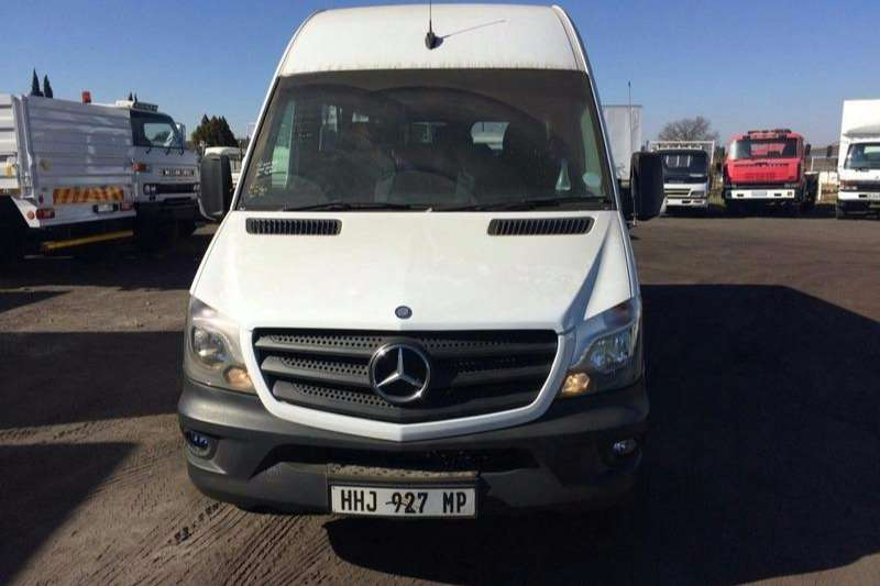 Mercedes Benz 22 seater 515 CD PERSONNEL SPRINTER Buses