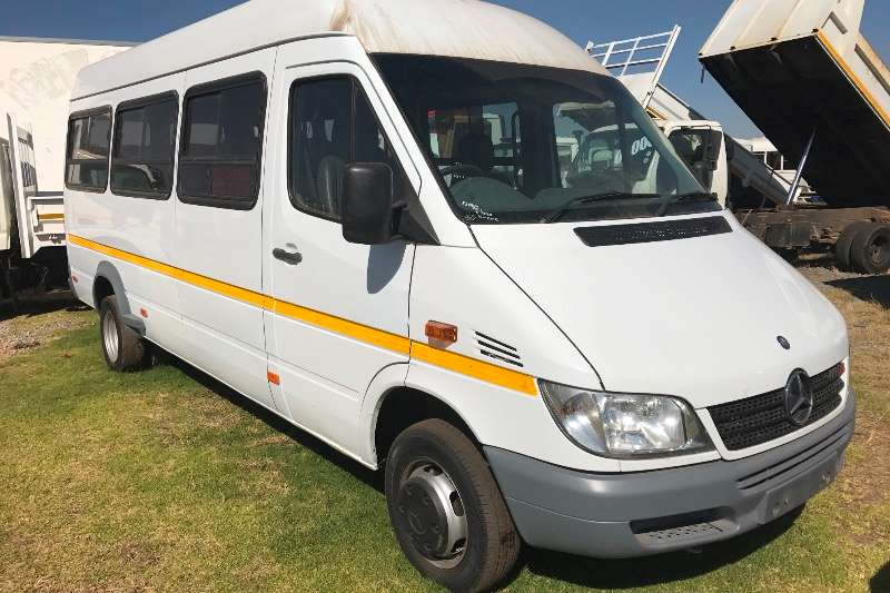 Mercedes Benz 22 seater Merc 518 cdi 23 seater R279000 Buses