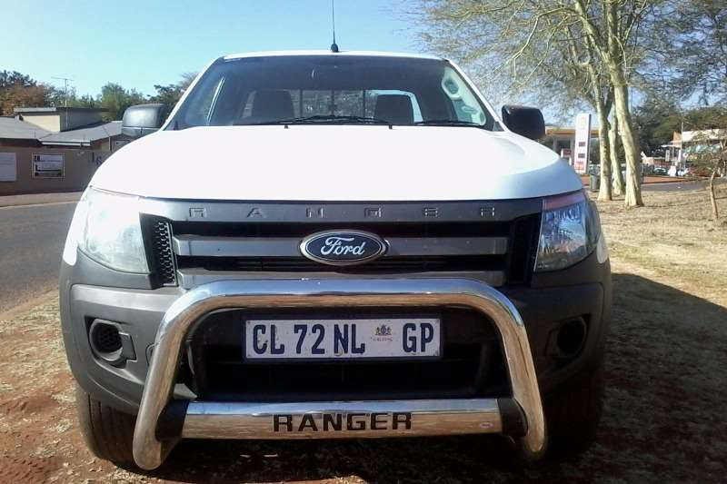 Ford Ranger 2200 XL Super Cab LDVs & panel vans