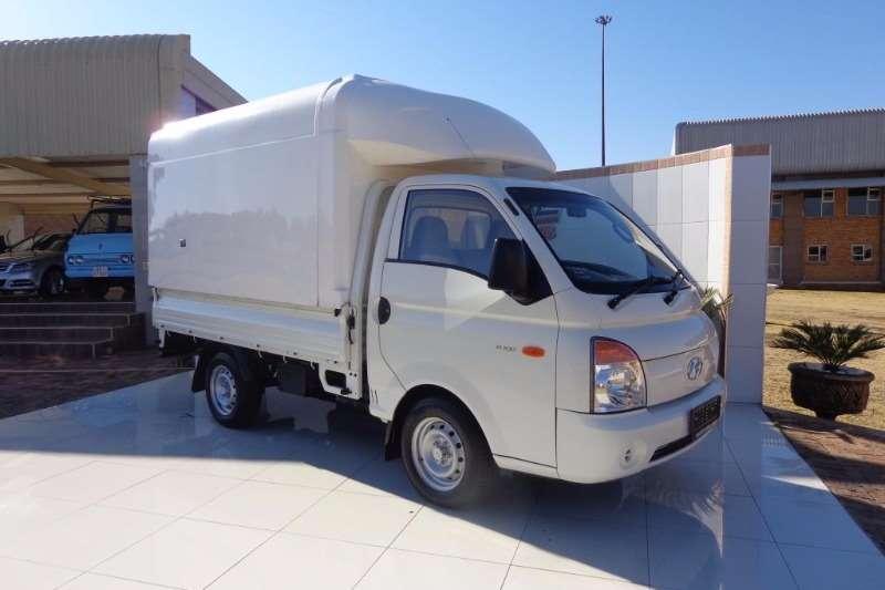 Hyundai 2.6D BAKKIE LDVs & panel vans
