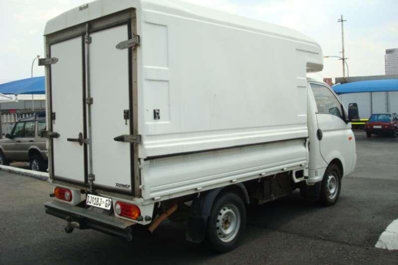 Hyundai 2011 HYUNDAI H 100 DROPSIDE WITH CANOPY LDVs & panel vans