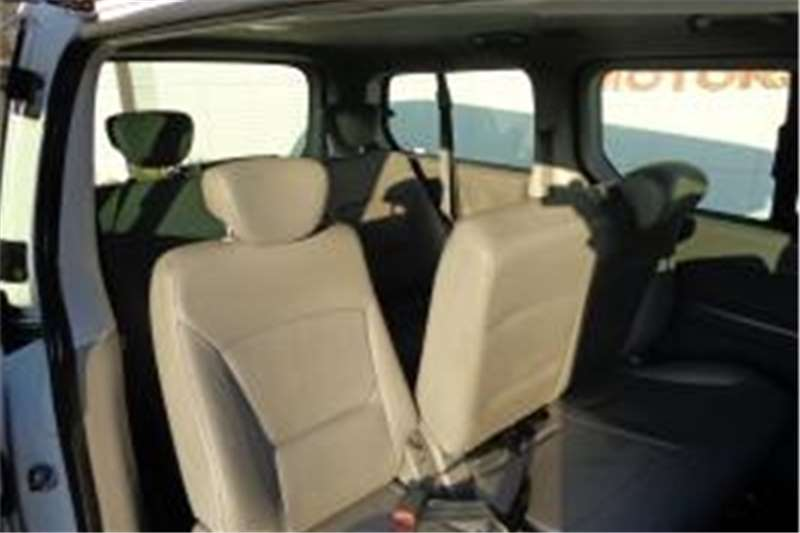 Hyundai H1 9-SEATER  LDVs & panel vans
