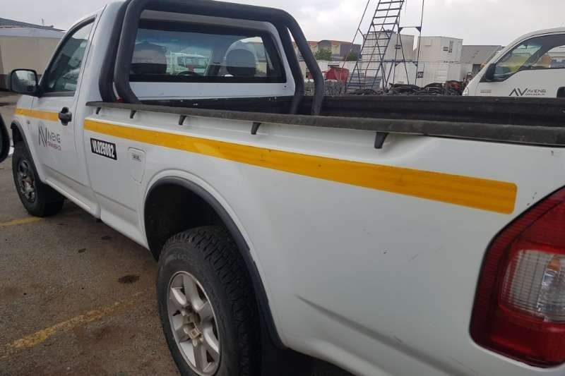 Isuzu KB250 Fleetside 2400CC LDVs & panel vans