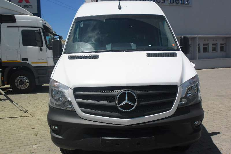 Mercedes Benz Sprinter 519 CDI AWD LDVs & panel vans