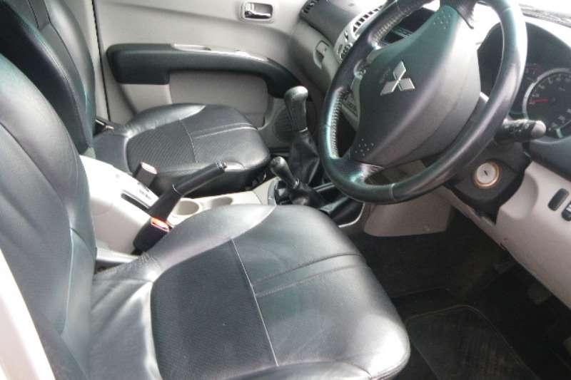 Mitsubishi TRITON 3.2 Di-D 4X4 DOUBLE CAB LDVs & panel vans