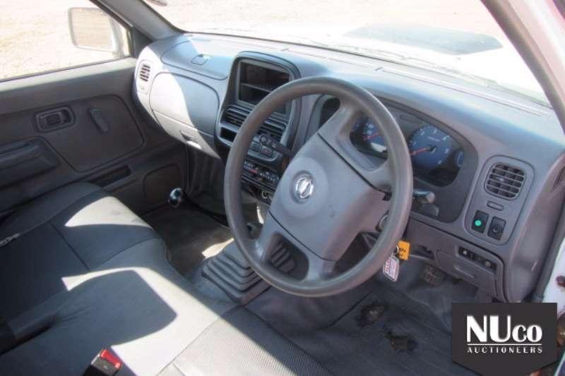 Nissan NISSAN NP300 2.5TDI DIESEL LDV (no vat) LDVs & panel vans