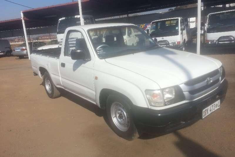 Toyota HILUX 2.4D S/C 4X2 LDVs & panel vans