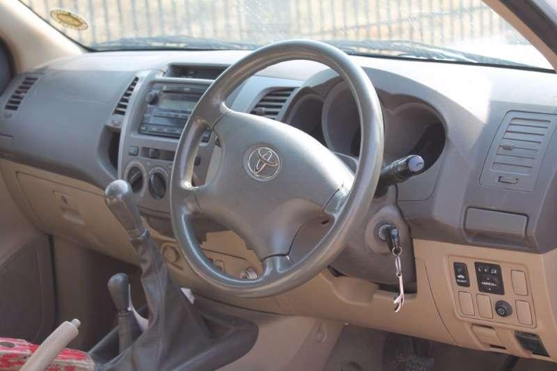 Toyota Hilux 3.0 D-4D LDVs & panel vans