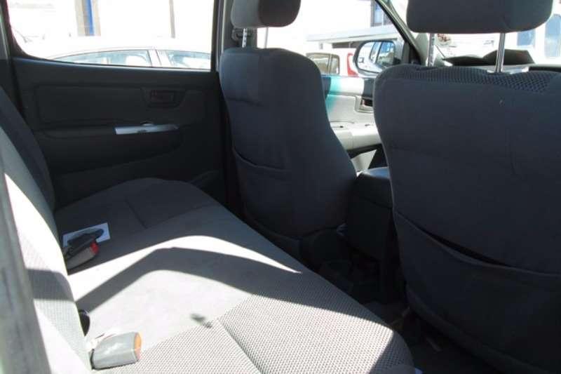 Toyota Toyota Hilux 2.7 4x2 D/Cab Car LDVs & panel vans