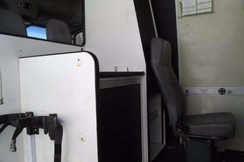 VW Volkswagen Crafter 35 Mid W/B High roof Panel Van LDVs & panel vans