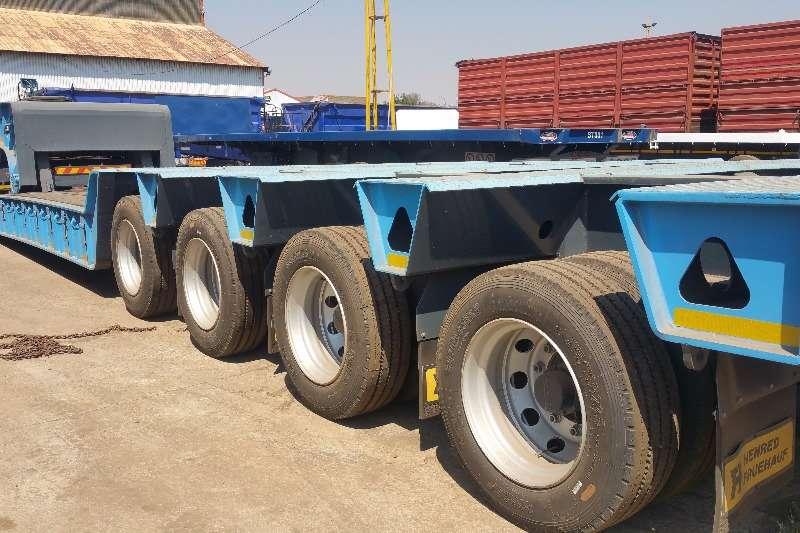 Henred Lowbed trailer 100 ton Lowbeds