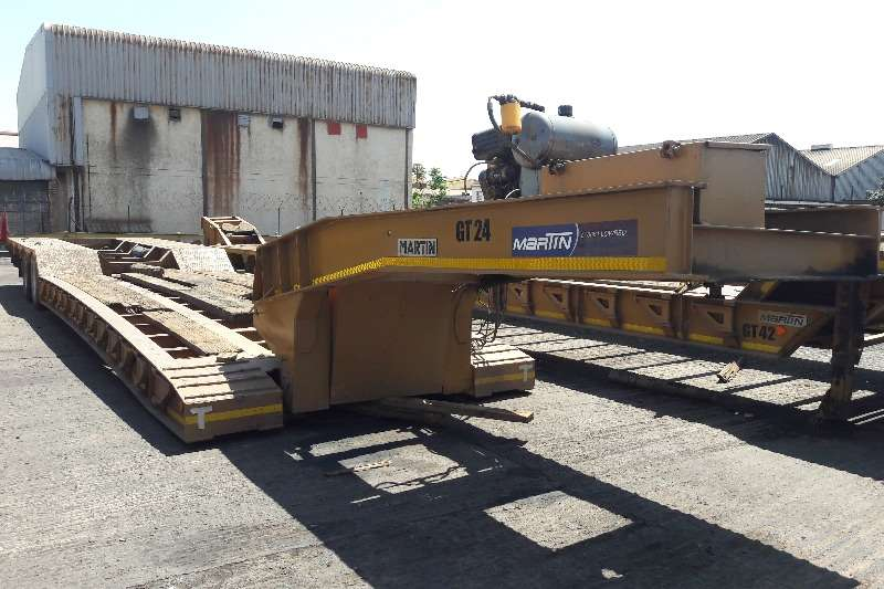 Martin Used 4 Axle 65 Ton Clipneck Lowbed Available Lowbeds