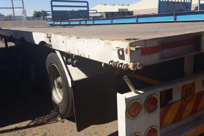 TOHF Used Tri Axle 34 Ton Stepdeck Lowbed Available Lowbeds