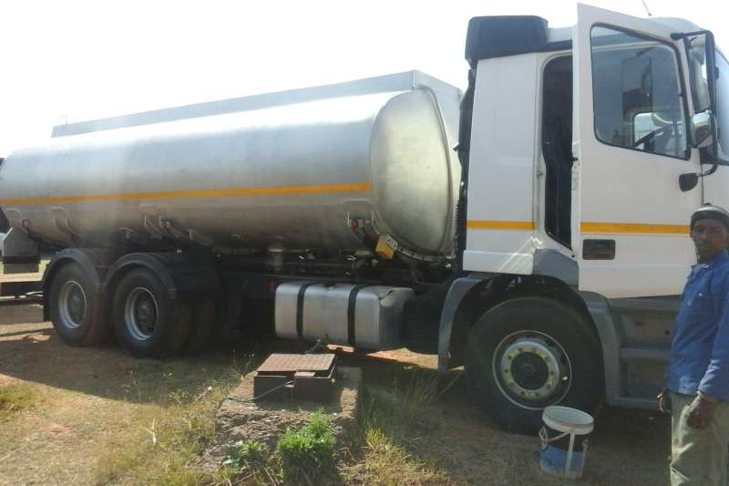 Rigid - Tanker Mercedes Benz Used M/Benz 2640 Actros Rigid Available 2000
