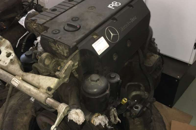Spares Mercedes Benz Engine Mercedes OM 904 Atego 0
