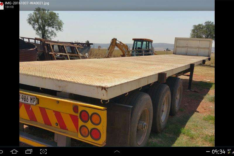Trailers Afrit 13.5m tri axle good condition 2003