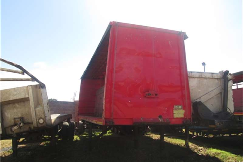 Afrit 8.5m Beverage Tautliner Trailers