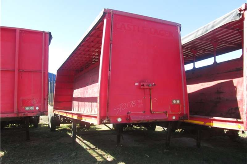 Afrit 9m Beverage Tautliner Trailers