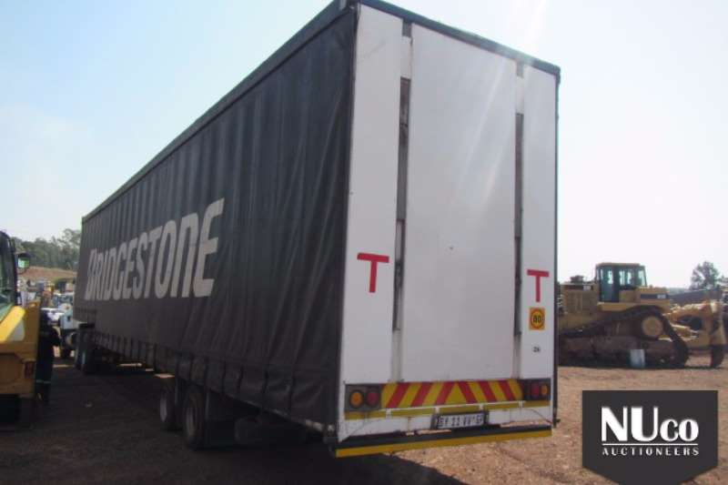 Afrit Close volume body AFRIT DOUBLE AXLE TAUTLINER Trailers