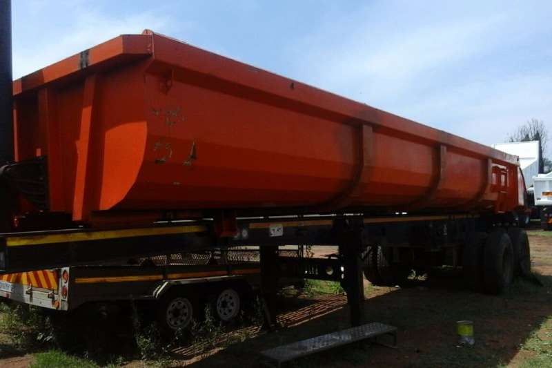 Trailers Afrit Double Axle 24 CUBE DOUBLE AXLE TRAILER FOR SALE 2007