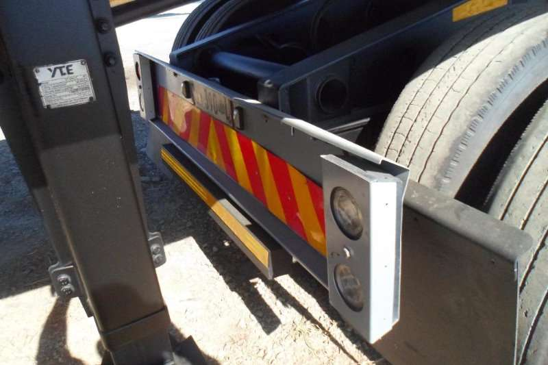 Afrit Flat deck 2013 6X12 FLATDECK SUPER LINK WITH CONTAINER LOCK Trailers