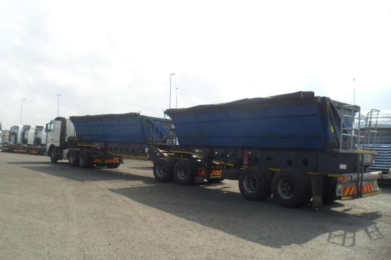 Afrit Side tipper 2013 Afrit 40 cu side tipper link Trailers