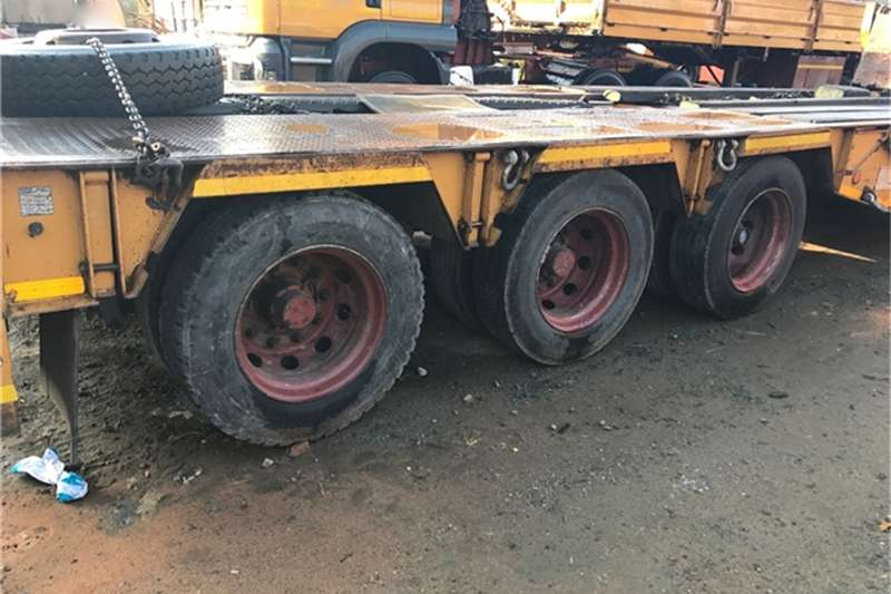 Trailers BDJ BODIES 3 AXLE 40 TON FOLDING GOOSE NECK LOWBED TRA 2008