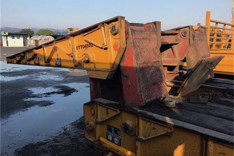 BDJ BODIES 3 AXLE 40 TON FOLDING GOOSE NECK LOWBED TRA Trailers