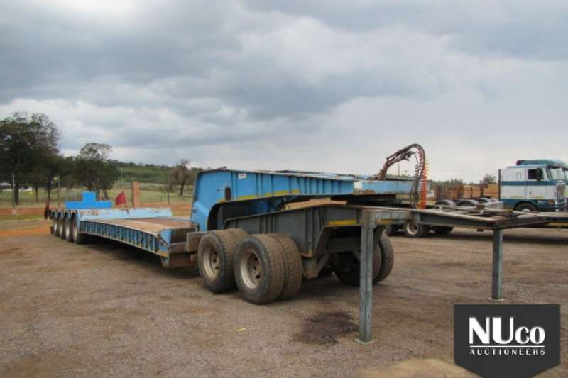 Trailers Busaf 4 AXLE DOUBLE SOLLY DETACHABLE LOWBED 2008