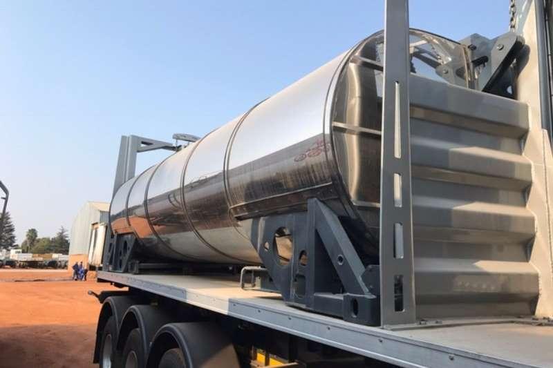 CTS Stainless steel tank ( Demo Model) Tri axle food grade Return Hauler Trailers