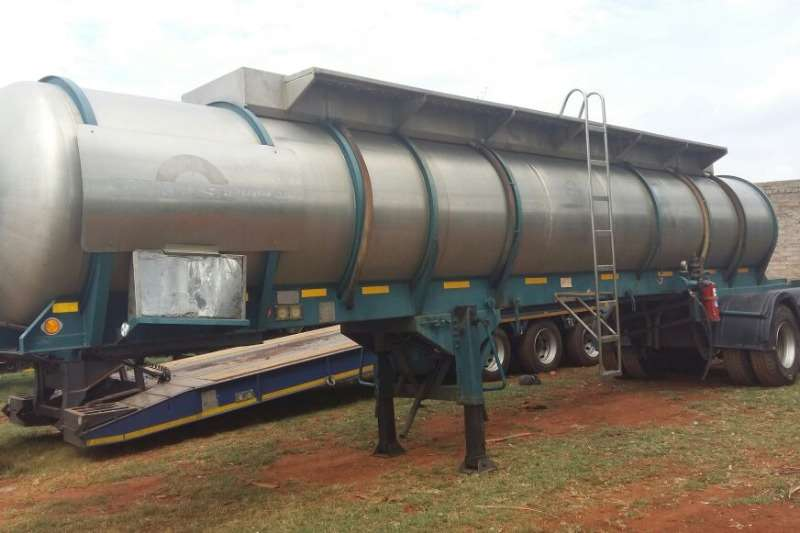 GRW Used Double and Tri Axle Acid Tankers Available Trailers