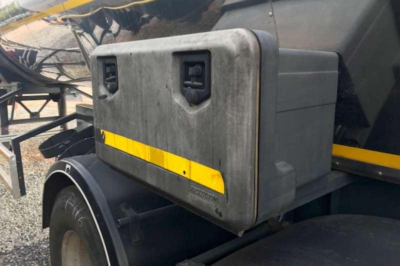 Hendred Bitumen tanker Tri Axle Bitumen Tanker Trailer Trailers