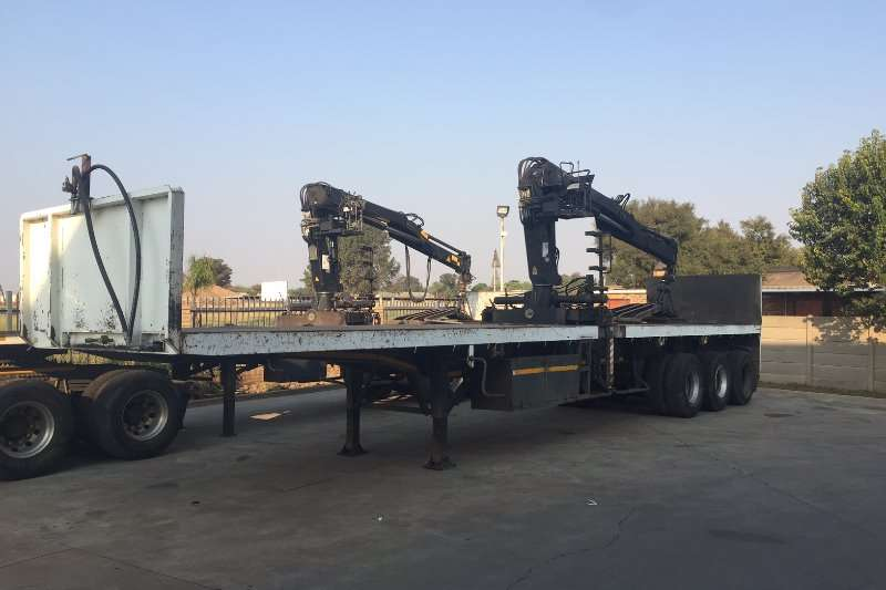 Hendred Brick trailer Brick trailer with HIAB 132B 1 brick crane Trailers