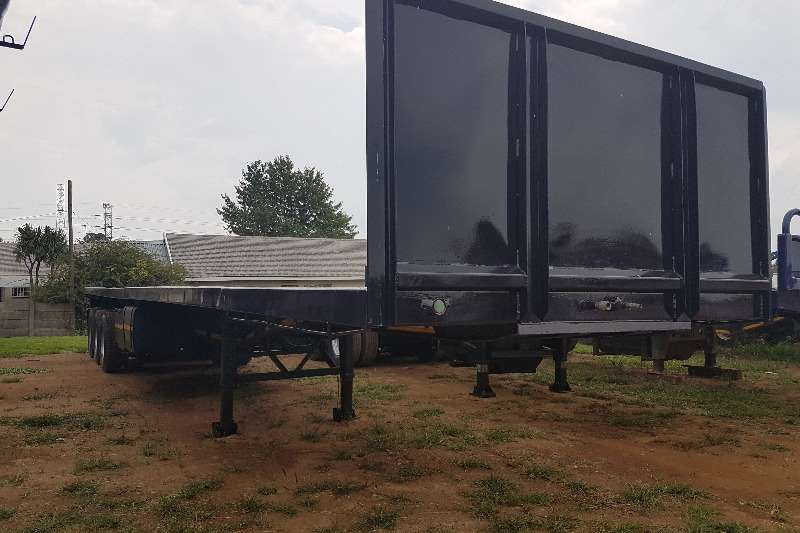 Trailers Hendred Flat Deck 14.5m - AIR SUSPENSION - 3 AXLE FLAT DECK TRAILER 2006